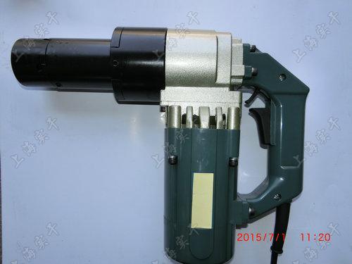   <strong><strong>厂房安装可调扭力电动扳手,700N.m电动可调扭力扳手车辆装配</strong></strong>