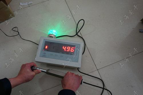 数显式扭力检测扳手